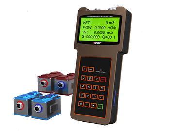 China Large LCD Display Handheld Flow Meter Bidirectional With Clamp On Transducer supplier