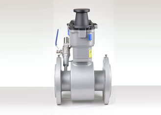China Die DN150 Electromagnetic Flow Meter For Energy Metering PN16-40 CR Liner supplier